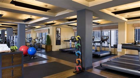 Home Workout Room Design Pictures by Midtown New York Gym The Peninsula New York