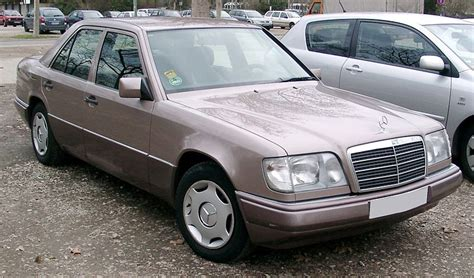 file mercedes w124 front 20080228 jpg wikimedia commons