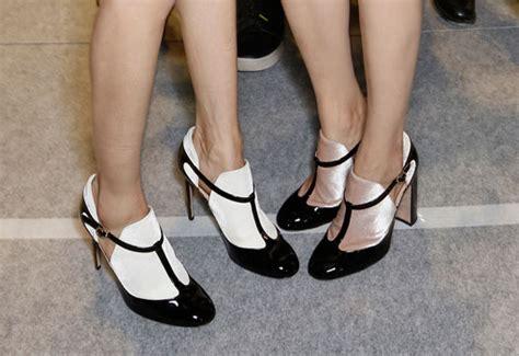 imagenes zapatos blanco y negro shopping de zapatos en blanco y negro telva com