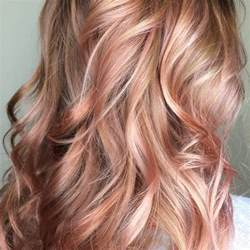 gold lowlights on hair 25 best ideas about rose gold highlights on pinterest