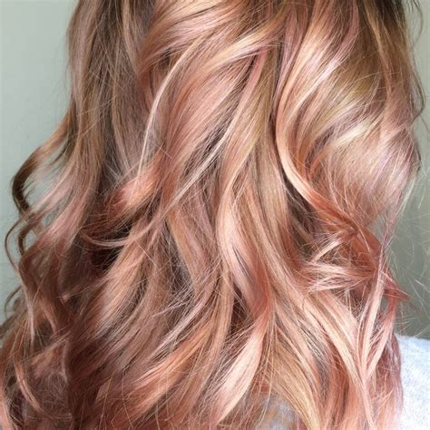 rose gold lowlights on dark hair 25 best ideas about rose gold highlights on pinterest