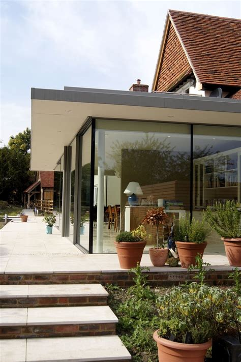 Flat Roof Overhang Best 25 Flat Roof Ideas On Flat Roof House