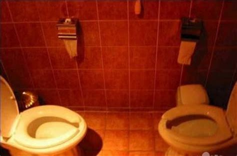 Strange Toilets From Around The World by 52 And Toilets From Around The World