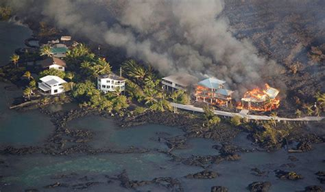 hawaii volcano eruption lava completely fills bay