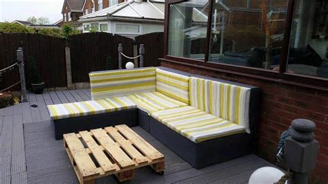 diy lounge sofa diy pallet upholstered sectional sofa tutorial 101