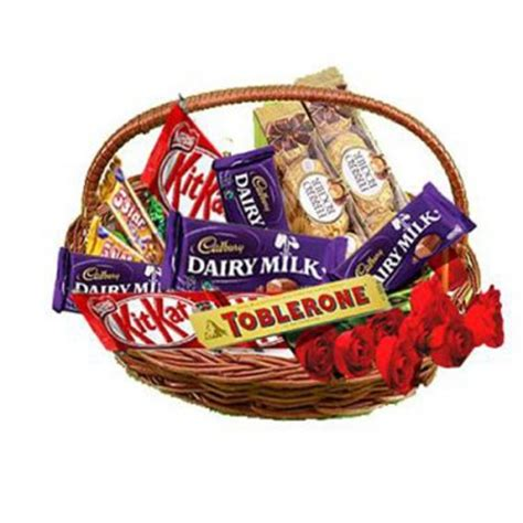 day gifts india valentines day gifts to india chocolates to india