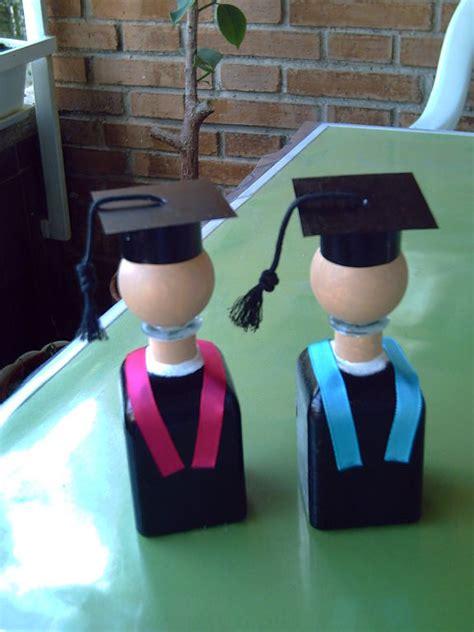 imagenes uñas decoradas para graduacion que puedo hacer para una graduada de manualidades imagui