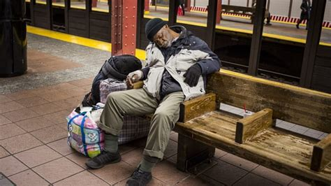 Should Food Be Left For The Homeless by New York S Homeless Left Out In The Cold Human Rights