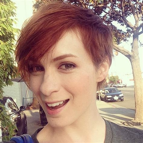 what is felicia days natural hair color felicia day haircut popsugar tech