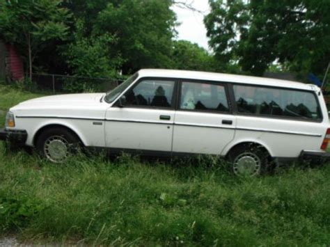 1991 volvo 240 wagon sell used 1991 volvo 240 base wagon 4 door 2 3l in