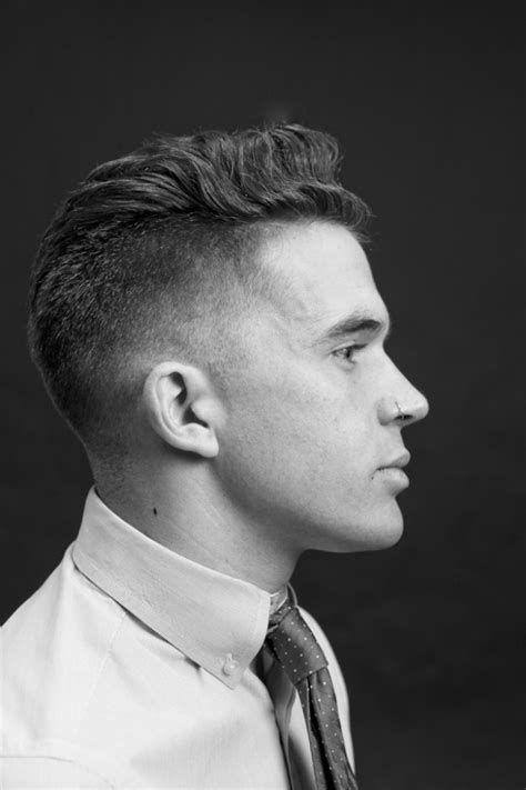 difference between a taper cut and a undercut hairstyle difference between taper and fade haircut taper vs fade
