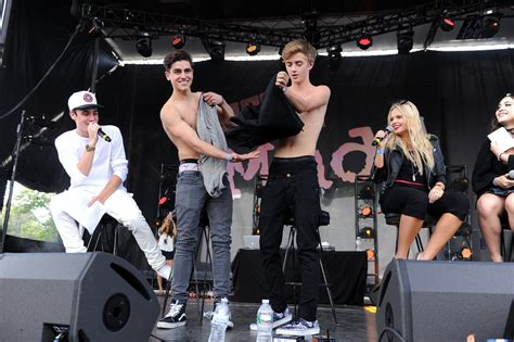 who is going to be at digifest 2015 world market news jack gilinsky and sammy wilkinson photos photos headline