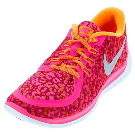 bright shoes tennis express nike juniors free 5 0 print running