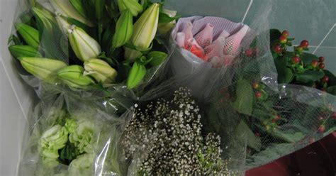 Bunga Plastik Bas Bunga irina si gadis pear isi hati irina beli bunga segar borong murah