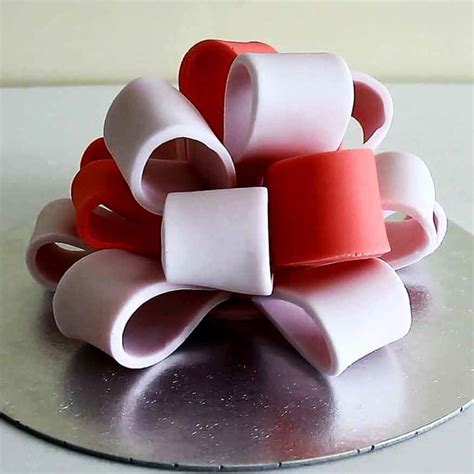 big bow how to make a fondant icing big bow for cake decorating