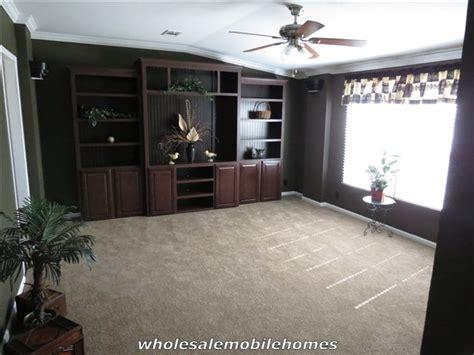 the pecan valley iii hi3268a manufactured home floor plan palm harbor pecan valley iii wholesale mobile homes