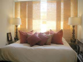 Bedroom Decorating Ideas For Women Small Bedroom Decorating Ideas Romantic Bedroom Rugdots Com