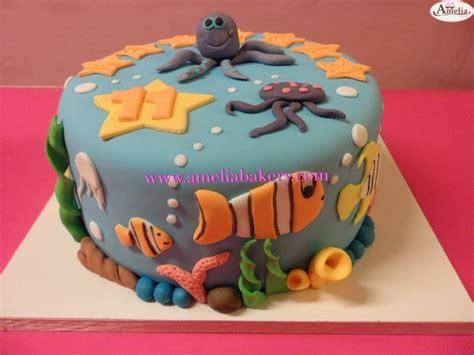 de colores bakery pastel tarta decorada con fondant corazones de colores