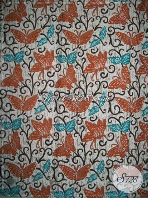 Aneka Sprei Motif Kupu bahan batik motif kupu warna orange trendy dan modern