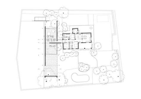 triangulation floor plan iv house mesura archdaily