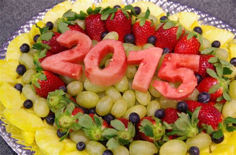7 fruits for new year fruit tray 2015 new year s food platter