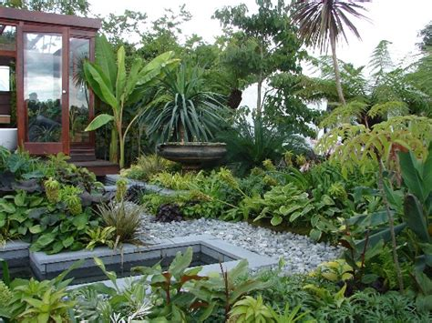 Tropical Backyard Landscaping Ideas Tropical Garden Decoist