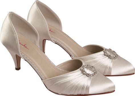 low cost wedding shoes uk rainbow club ivory satin dyeable wedding shoes