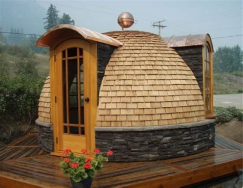 build small house in backyard curved by design