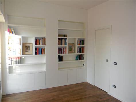 librerie pescara centro foto libreria laccata con porta scorrevole di legnomat