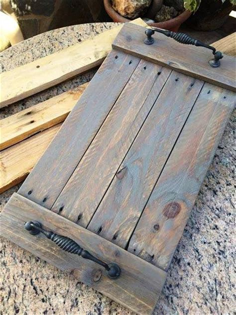 wood tray diy 25 best ideas about pallet wall art on pinterest wood