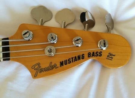 mustang bass review rex and the bass fender japan competition mustang bass review
