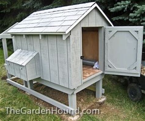 dog house chicken coop 24 best images about indoors outdoors pets on pinterest dog beds insulated dog