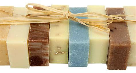 come fare il sapone in casa a freddo sapone fatto in casa procedimenti a caldo e a freddo