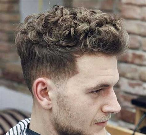 Different Hairstyles For Curly Hair by Mens Curly Hairstyles Mens Hairstyles 2018