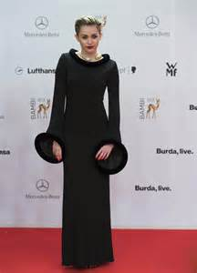 miley cyrus roter teppich miley cyrus carpet photos 2013 awards in germany