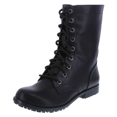 black boots for maintaining elegance by sporting the evergreen black boots