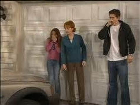the cast and crew of reba tv show 11 best images about reba and the crew on pinterest i