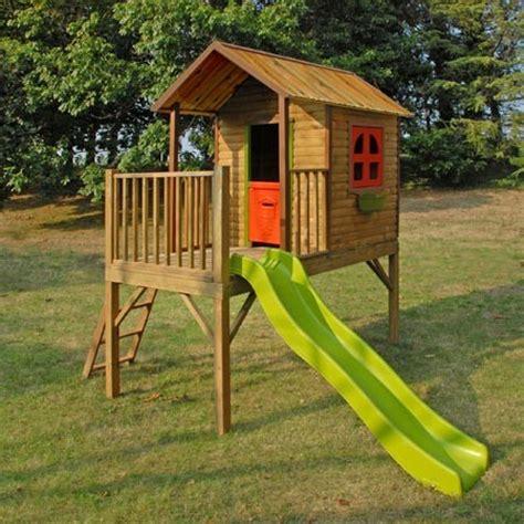Maisonnette pour enfants avec cabane et toboggan   Praline