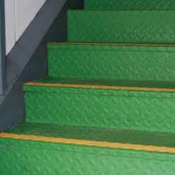 Non Slip Coating For Wood Stairs by Buy Vuba Non Slip Stair Paint Online Now Rapid Delivery