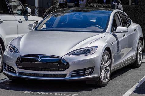 Tesla Motors Pdf New Official Tesla Motors Tesla Model S Brochure
