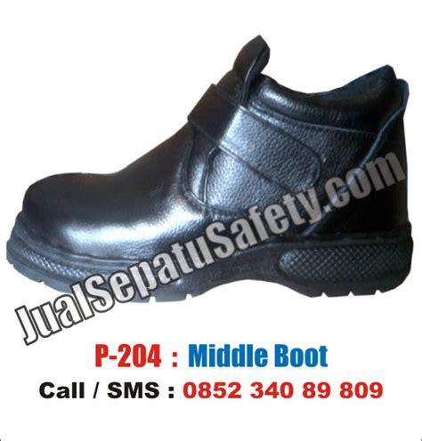Sepatu Safety Listrik Sepatu Safety Shoes Untuk Maintenance Listrik Pln Gedung