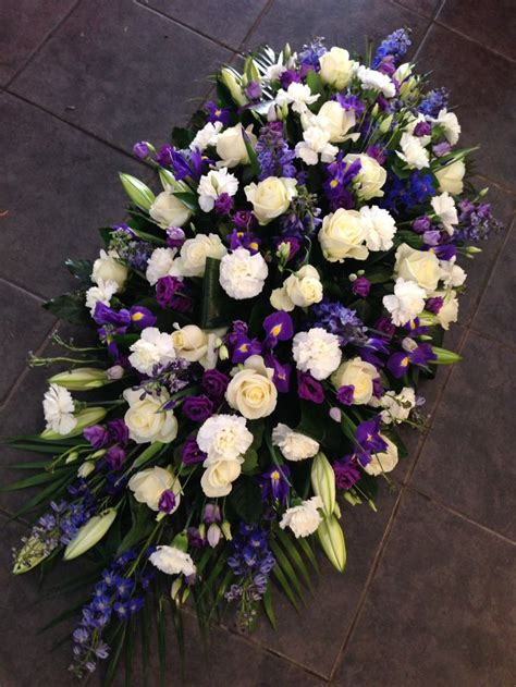 Best Flowers For Funeral by The 25 Best Funeral Flowers Ideas On Funeral