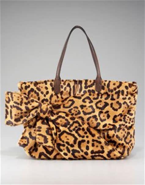 Katherine Heigls Valentino Purse by Hair Bow Leopard Skin Count Katherine Heigl In Snob