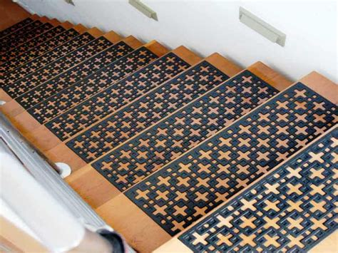 Rubber Braided Stair Treads ? Railing Stairs And Kitchen Design : Secured Braided Stair Treads