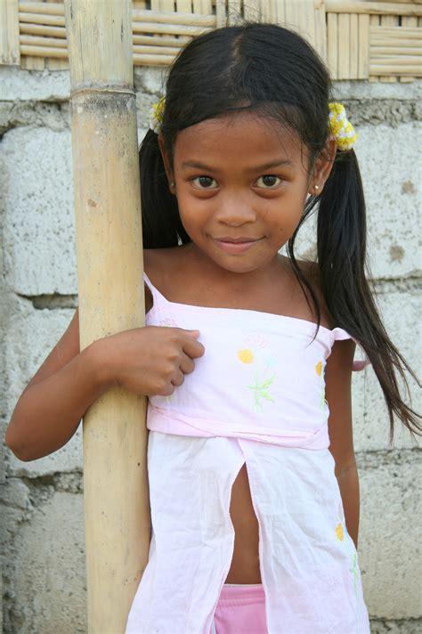 underage japanese child models asia philippines luzzon preteen philippine girl