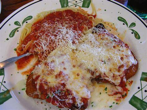 Olive Garden Chicken Parmesan olive garden s chicken parmigiana parmesan breaded