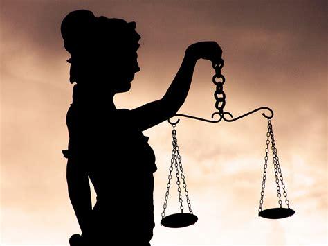 imagenes de la justicia griega el jurado popular un cuento griego historias de la
