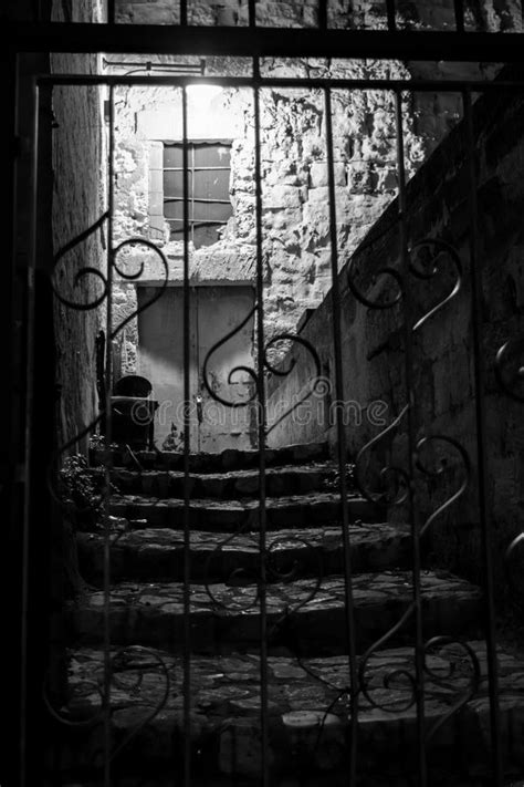 Illuminated Stairs Stock Images - Download 2,620 Royalty