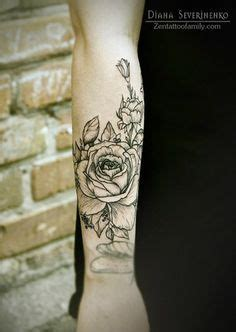lower wrist tattoos 1000 ideas about lower arm tattoos on side