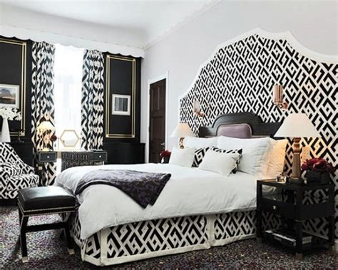Black And White Decor Bedroom by Black And White Bedroom Interior Design Ideas